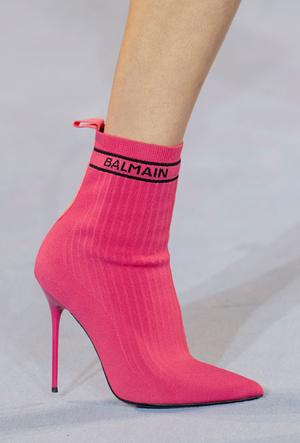 Фото №4 - Самая модная обувь весны и лета 2021: советы дизайнеров
