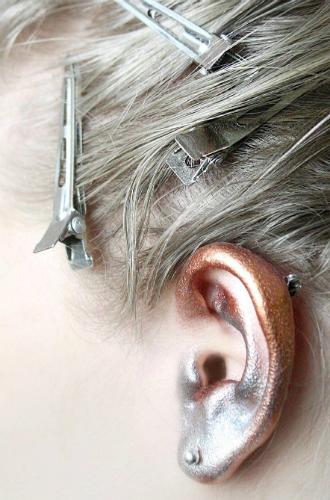 Фото №8 - «Слепые» места в макияже лица, про которые мы забываем чаще всего