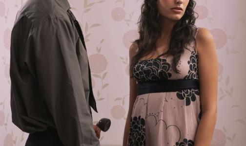 Фото №1 - Хорошие отношения с друзьями мужа ухудшают сексуальную жизнь пары