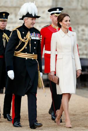 Фото №2 - Как не уставать на каблуках за целый день: секрет герцогини Кейт