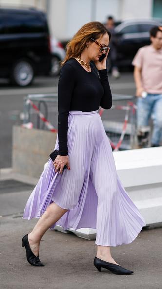 Фото №24 - Горная лаванда: 5 способов носить самый романтичный цвет