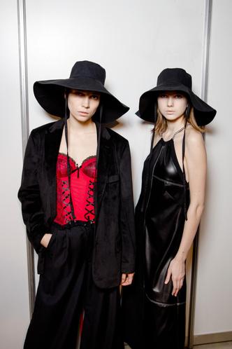 Фото №6 - Модный апсайклинг: молодые дизайнеры и бренд «Ласка» представили необычную коллекцию