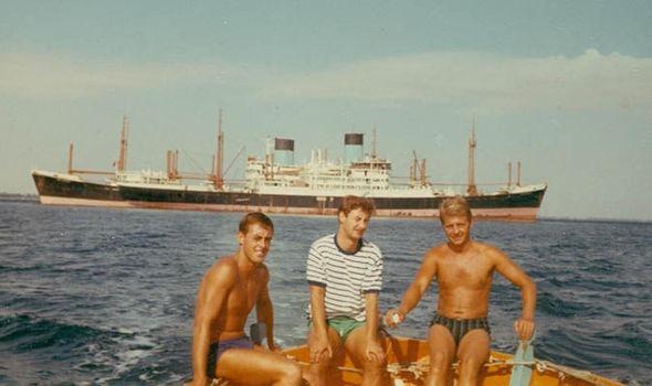 Фото №1 - История о том, как 15 кораблей застряли в Суэцком канале на 8 лет