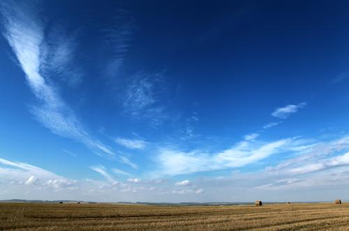 Фото №1 - Где небо становится голубым?