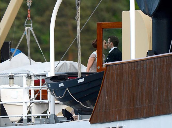 Фото №27 - Самые трогательные моменты королевских свадеб (о Гарри и Меган мы тоже не забыли)