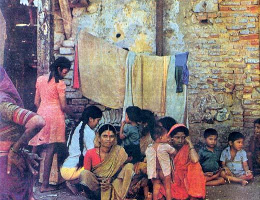 Фото №1 - Лица и голоса ((Женщины Индии)