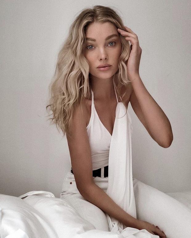 Фото №2 - Топ со шлейфом для тех, кто хочет быть в центре внимания: модная находка Эльзы Хоск