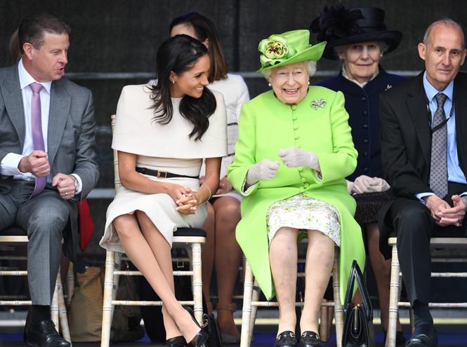Фото №6 - Как менялся язык тела Меган на протяжении первого года в королевской семье