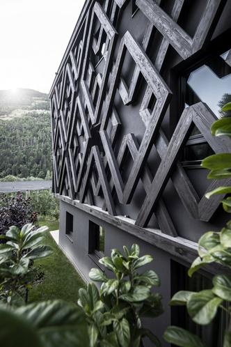 Фото №6 - Отель в горах по проекту студии Noa