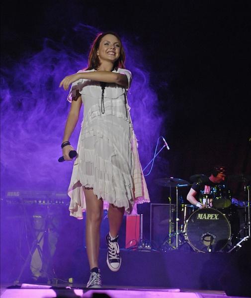 Фото №4 - От взлета до падения: как певица МакSим превратилась из талантливой девочки в женщину, которую спасают