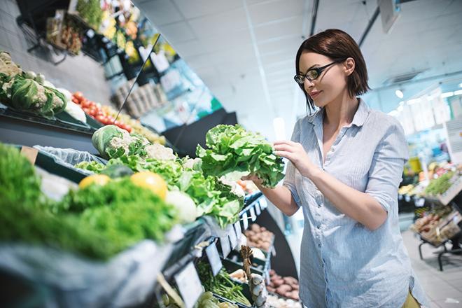 Фото №1 - 10 продуктов, которые лучше не покупать в супермаркете