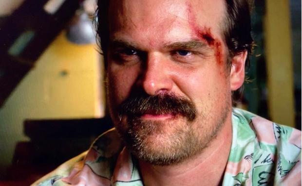 Фото №1 - Дэвид Харбор решил проспойлерить четвертый сезон «Очень странных дел»