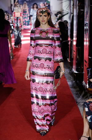 Фото №15 - Аристократки на секретном показе Dolce & Gabbana в Милане