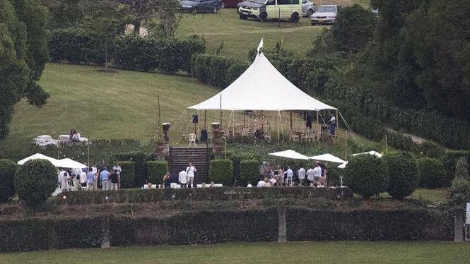 Фото №6 - Все, что мы знаем о свадьбе Марго Робби и Тома Акерли