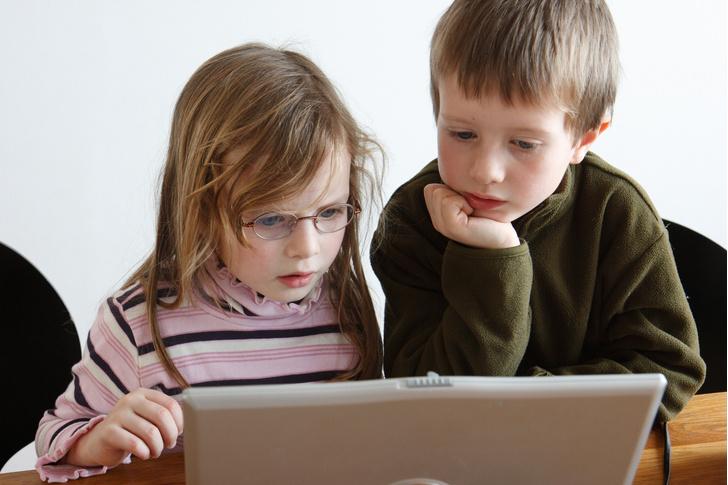 Фото №1 - Ученые рассказали, как планшет влияет на дошкольников
