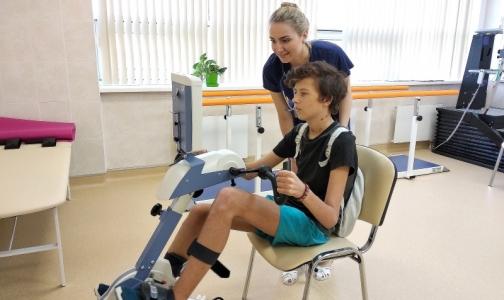 Фото №1 - Петербургские кардиохирурги спасли подростка с помощью «взрослого искусственного сердца»