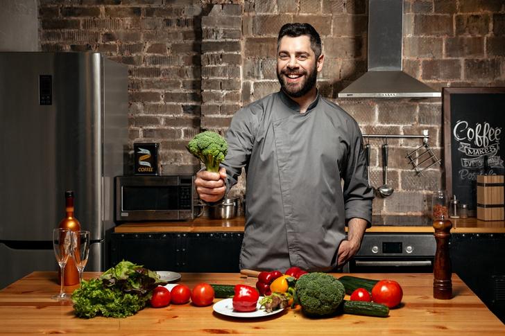 Фото №1 - Шеф-повар Марк Стаценко учит женщин не только вкусно готовить, но и любить себя