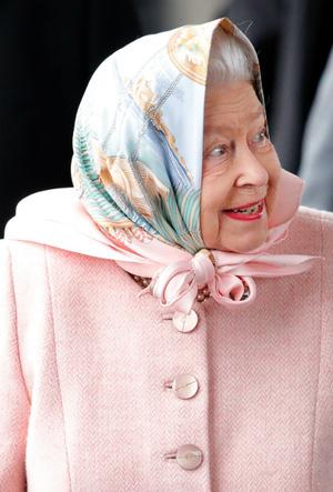 Фото №2 - Давняя привязанность: история одной модной страсти Королевы