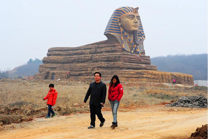 Фото №1 - 13 мест в Китае, которые кажутся странно знакомыми