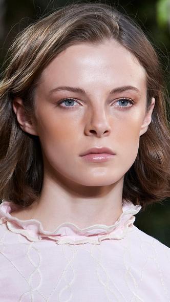 Фото №8 - Главные тренды макияжа весны и лета 2021