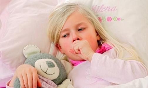 Фото №1 - В Петербурге резко выросло число детей, болеющих коклюшем