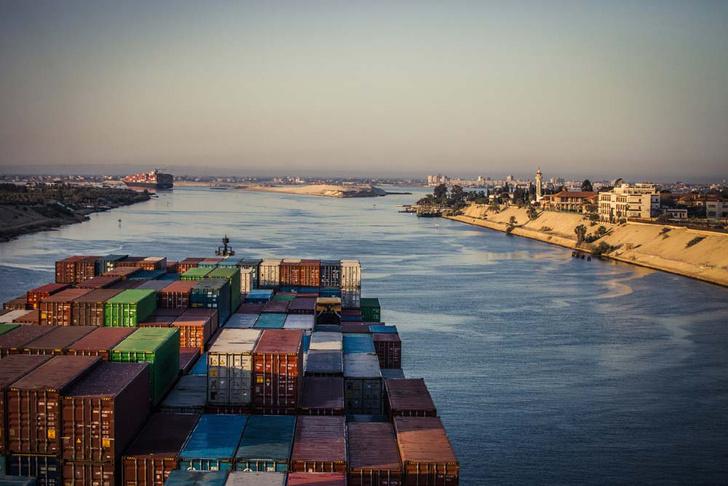 Фото №6 - Морские монстры: самые большие торговые суда, которые можно встретить в море