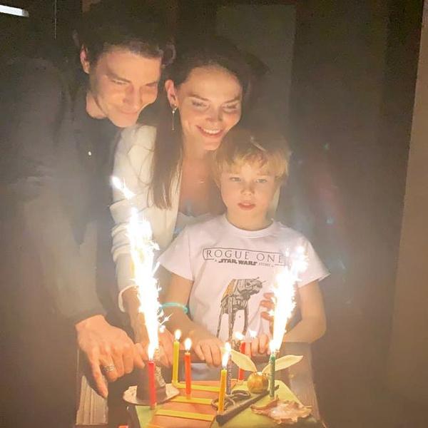 Фото №3 - Свадьба в джинсах, служебный роман, лед и пламя в отношениях: Максим Матвеев и Елизавета Боярская празднуют 10 лет совместной жизни
