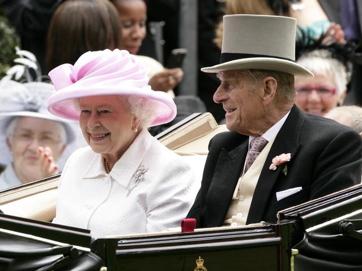 Фото №2 - Как Королева почтит память принца Филиппа в его 100-й день рождения