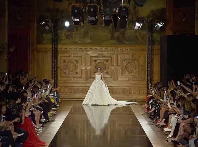 Фото №8 - В деталях: лучшие свадебные платья haute couture осень/зима 2016
