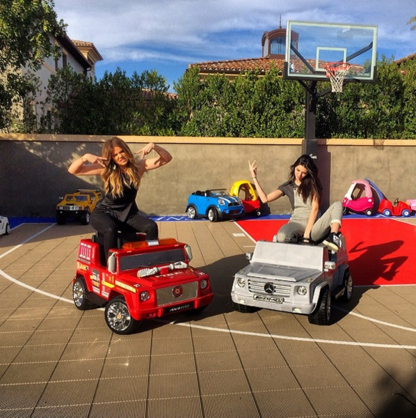 Фото №17 - Звездный Instagram: Селфи в машине