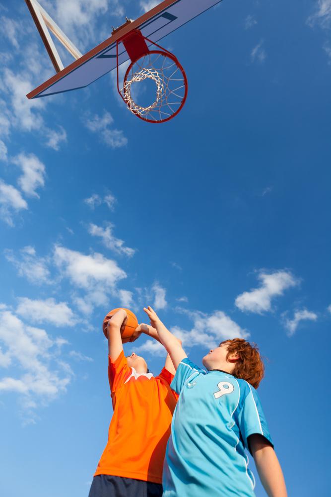 Фото №1 - Вырастают ли дети, увлекающиеся волейболом и баскетболом, выше своих сверстников?