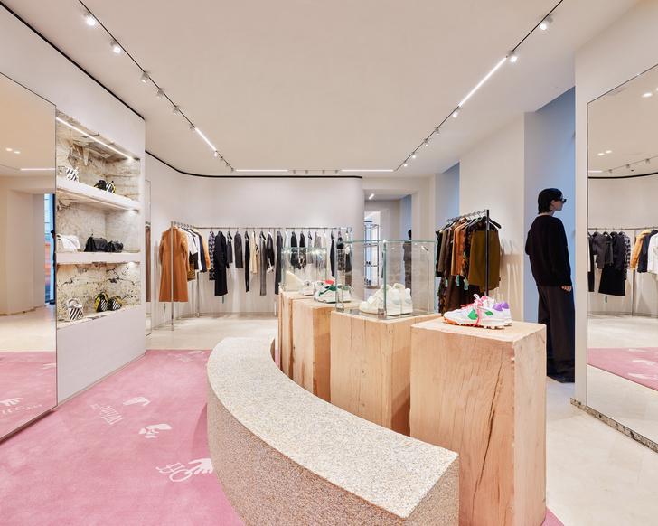 Фото №3 - Первый бутик Off-White в Милане