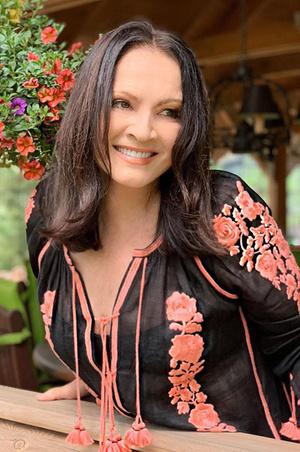 Фото №2 - София Ротару показала идеальную фигуру в прозрачном платье