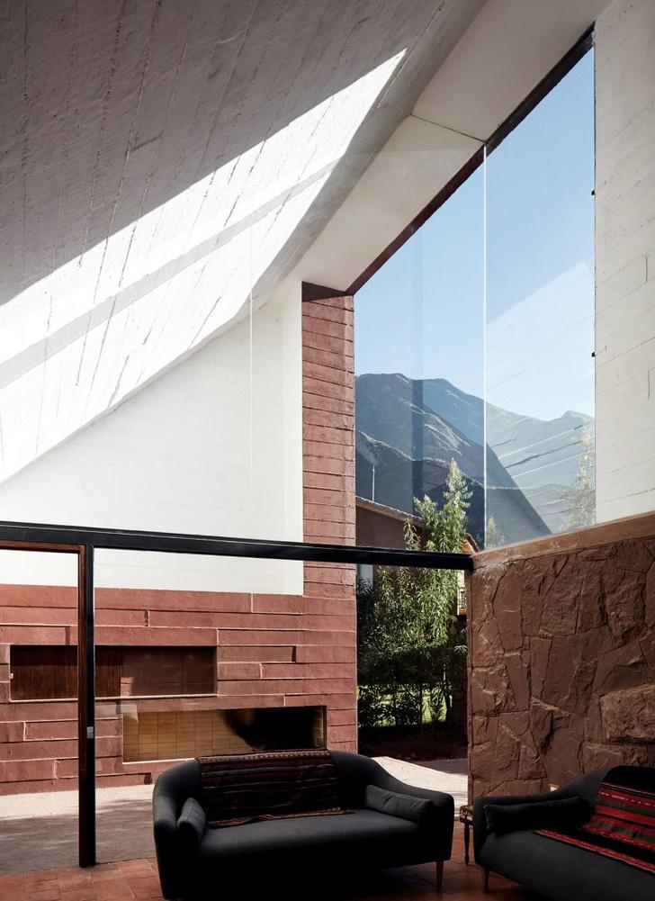Фото №4 - Дом из красного камня в Перу