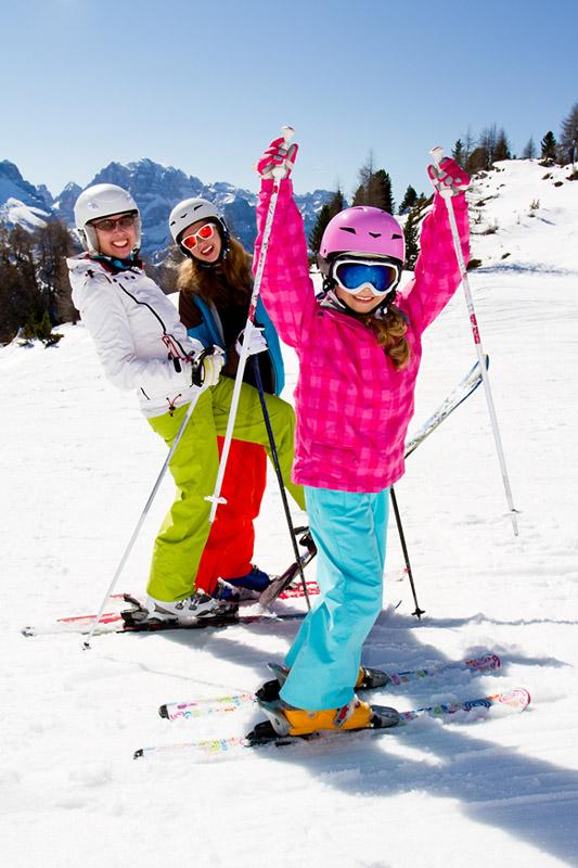 Фото №1 - Ученые разрешили спор лыжников и сноубордистов