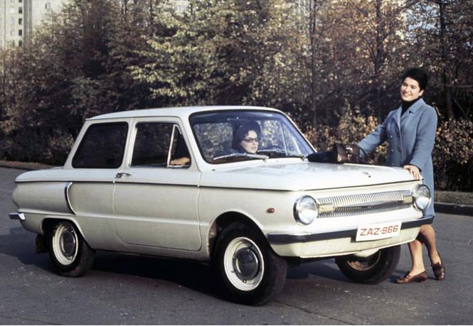 Фото №1 - Пять советских автомобилей, которые могли выглядеть иначе