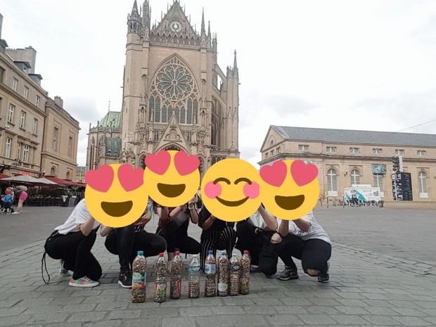 Фото №2 - Французские ARMY собрали сигаретные окурки с улиц в честь дня рождения Чонгука