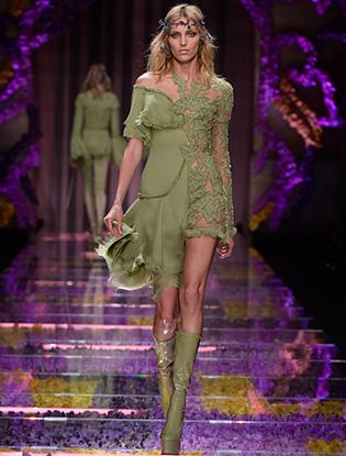 Фото №7 - Неделя Высокой Моды в Париже: Atelier Versace FW2015/16
