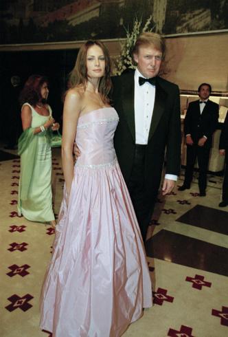 Фото №2 - Как затмить президента: модная инструкция от Мелании Трамп