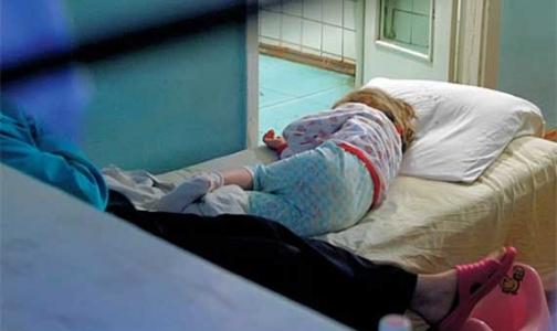 Фото №1 - В оздоровительных лагерях 600 детей отравились и 13 погибли