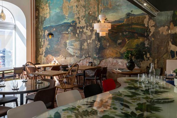 Фото №6 - Ресторан «Цех» с фресками советской эпохи во Владивостоке