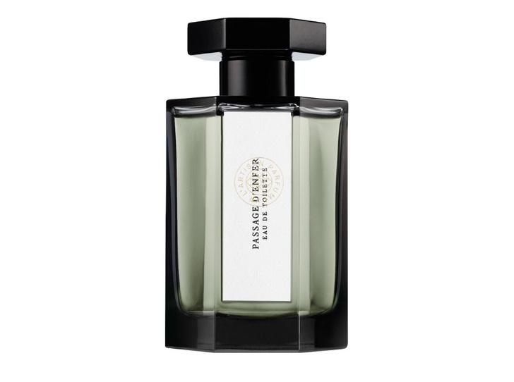 Фото №14 - Клеймо Миледи: 10 чувственных ароматов с нотой лилии