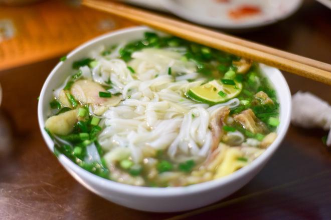Суп из рисовой лапши
