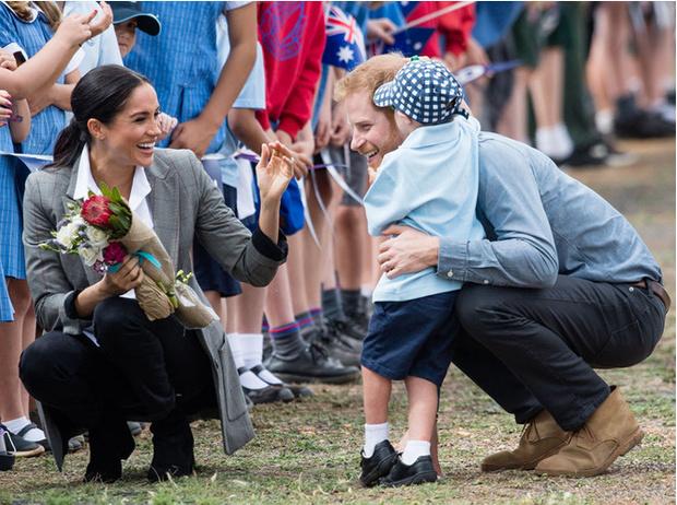 Фото №4 - Букмекеры определили самое популярное имя для первенца Гарри и Меган