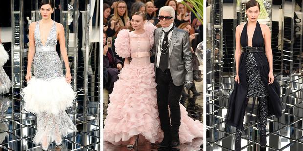 Фото №1 - Потрясающие Лили-Роуз Депп, Кендалл Дженнер и Белла Хадид на показе Chanel