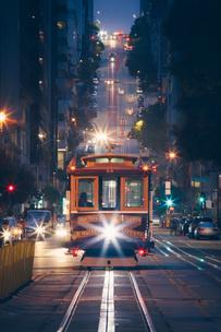 Фото №1 - Тест: Выбери трамвай, а мы скажем, куда ты на нем уедешь 🚊