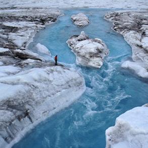 Фото №1 - Вода точит Гренландию