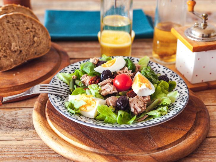 Фото №1 - Как приготовить классический салат нисуаз