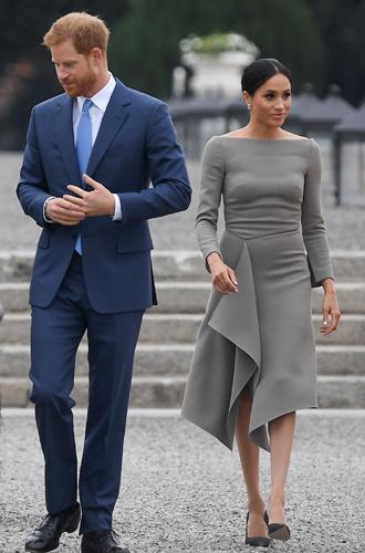 Фото №8 - Принцесса Мадлен выбирает платье, как у герцогини Меган (и сияет ярче всех)