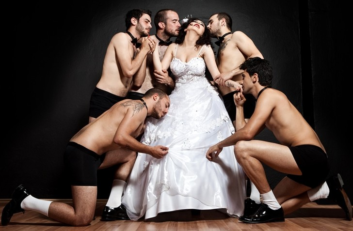 Фото №1 - Your Wedding AWARDS 2015: голосуй за самую красивую невесту!